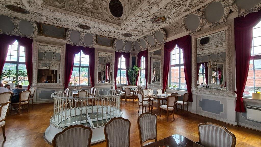 Kaffee im Schloss Elisabethenburg Meiningen