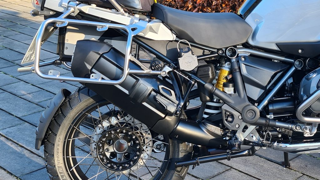 ESD und Fussfrasten in schwarz BMW R1250GS