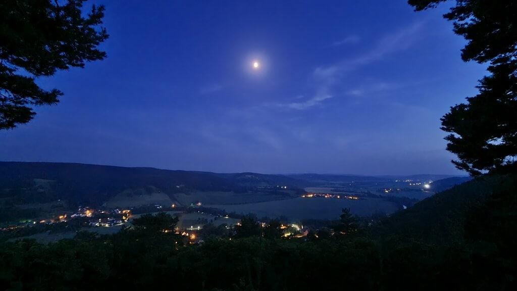Nachtansicht vom Kienberghaus Jagdhof